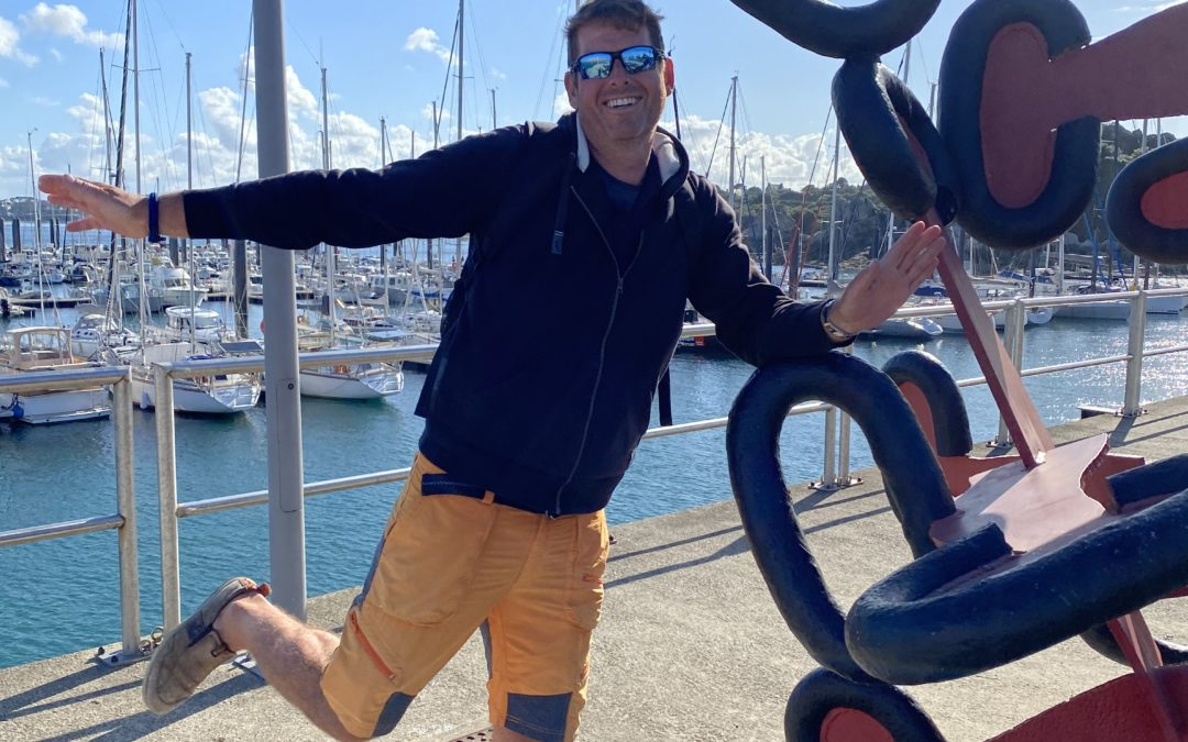 The current slingshot, Roscoff and a sailing gentleman